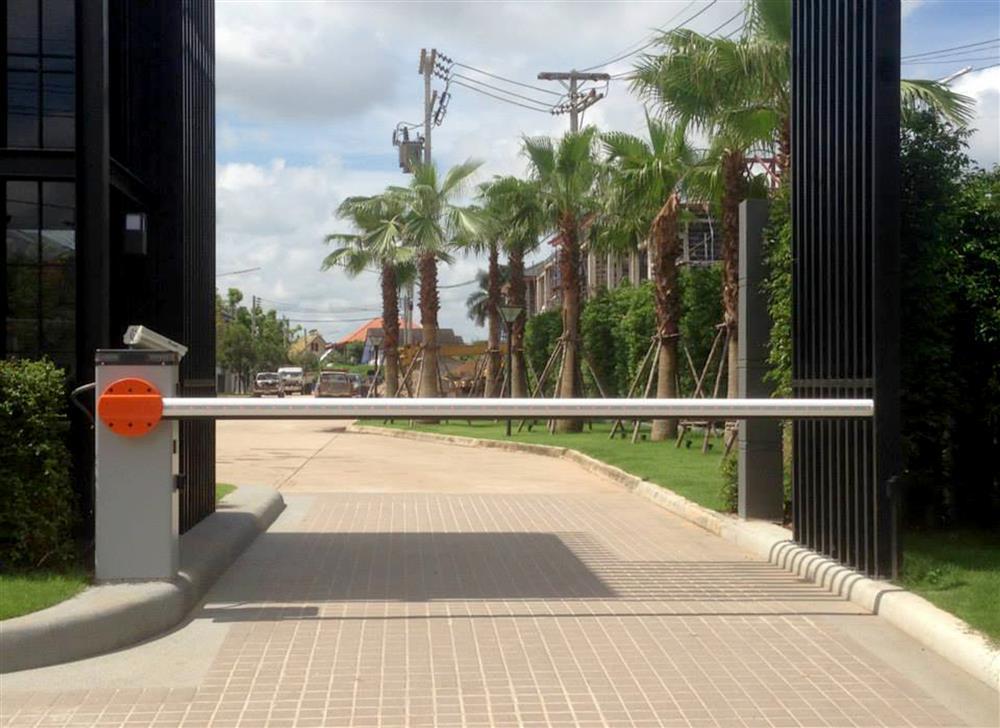 Lắp đặt barie chắn đường tự động